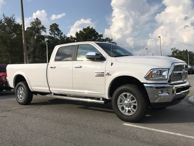 2018 Ram 3500 Crew Cab 4x4,  Pickup #181556 - photo 3