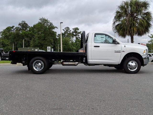 2018 Ram 3500 Regular Cab DRW 4x4,  Cab Chassis #181630 - photo 3