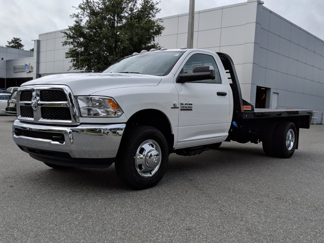 2018 Ram 3500 Regular Cab DRW 4x4,  Cab Chassis #181630 - photo 6