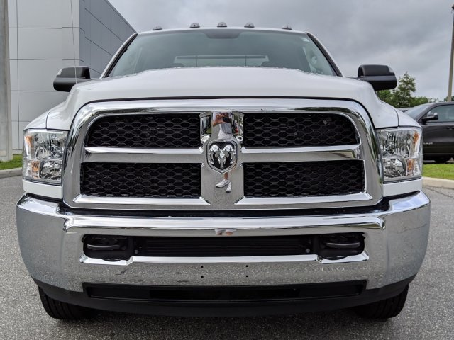 2018 Ram 3500 Regular Cab DRW 4x4,  Cab Chassis #181630 - photo 7