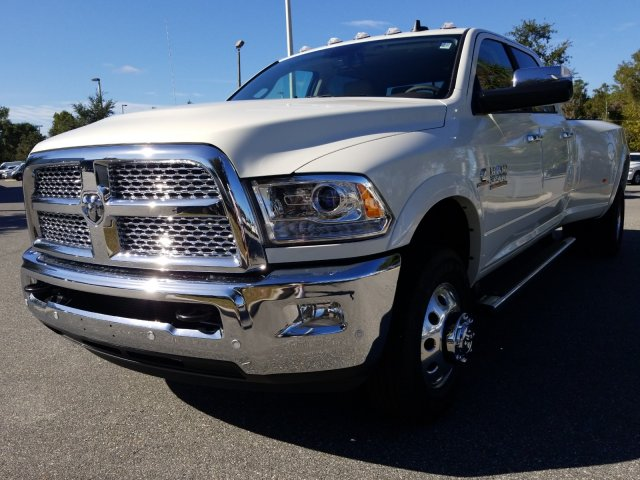 2018 Ram 3500 Crew Cab DRW 4x4,  Pickup #181713 - photo 7