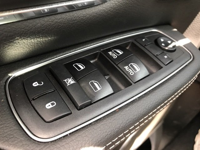 2019 Ram 1500 Crew Cab,  Pickup #190035 - photo 26