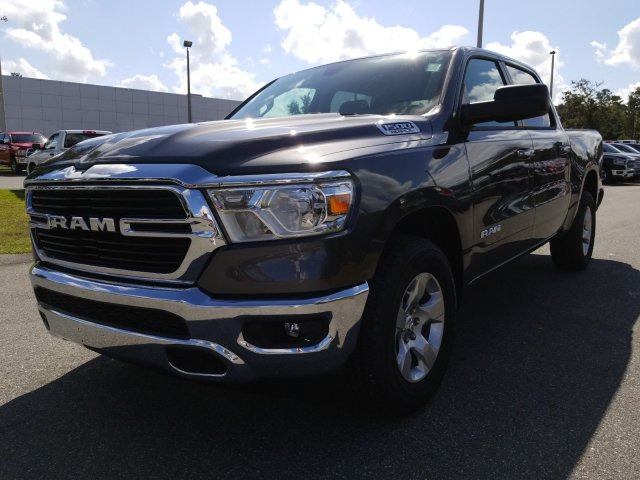2019 Ram 1500 Crew Cab 4x2,  Pickup #190237 - photo 7