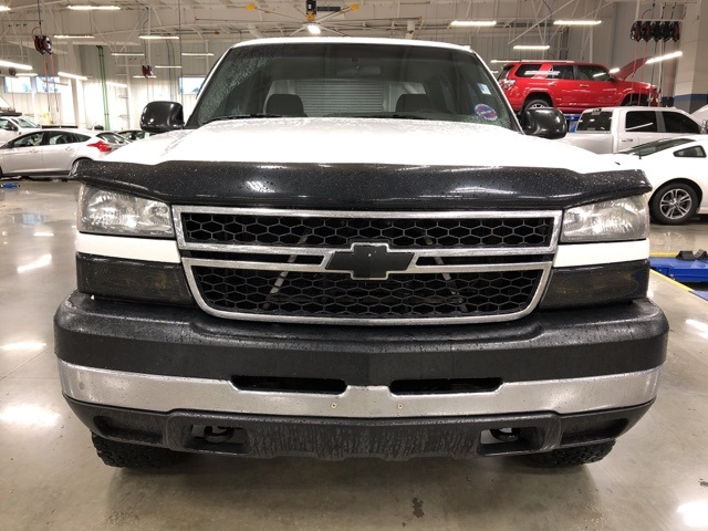 2006 Silverado 2500 Crew Cab 4x4 Pickup #6F177618 - photo 5