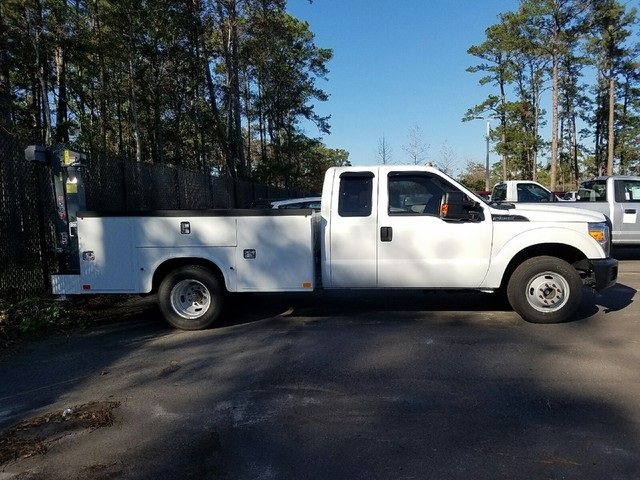 2015 F-350 Super Cab DRW, Knapheide Service Body #FED43780 - photo 6