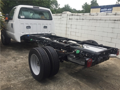 2016 F-550 Regular Cab DRW, Cab Chassis #GED28249 - photo 7
