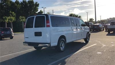 2017 Chevrolet Express 3500, Passenger Wagon #H1213581 - photo 2