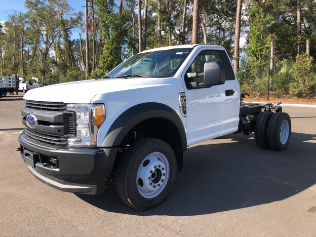 2017 F-450 Regular Cab DRW 4x4 Cab Chassis #HED11624 - photo 4