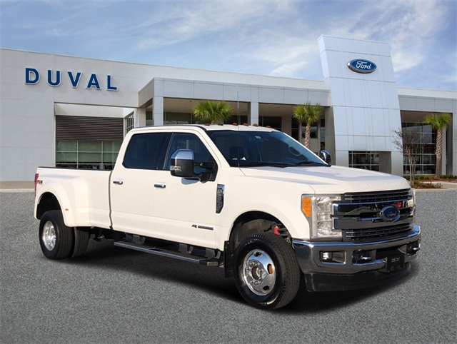 2017 Ford F-350 Crew Cab DRW 4x4, Pickup #HEE90969 - photo 1