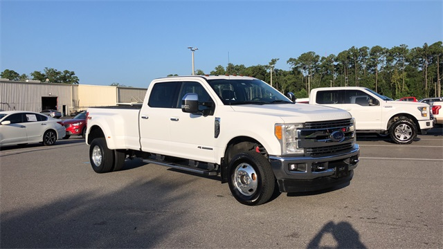 2017 Ford F-350 Crew Cab DRW 4x4, Pickup #HEE90969 - photo 3