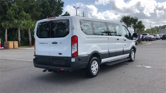 2017 Ford Transit 350 Low Roof 4x2, Passenger Wagon #HKA20982 - photo 1