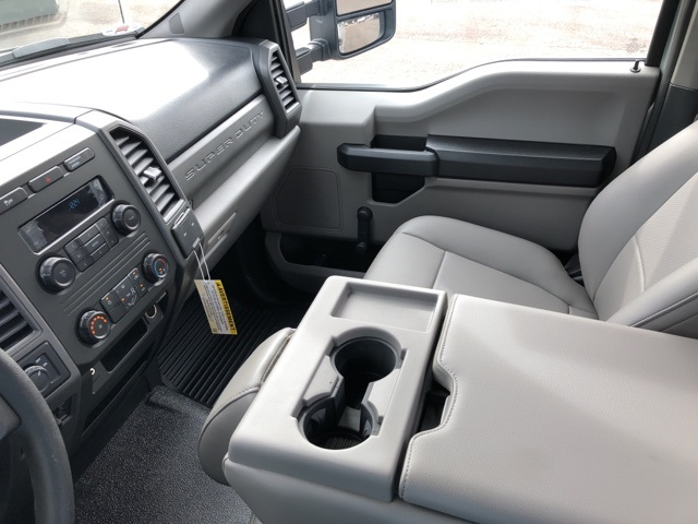 2018 F-250 Regular Cab 4x2,  Pickup #JEB04846 - photo 19