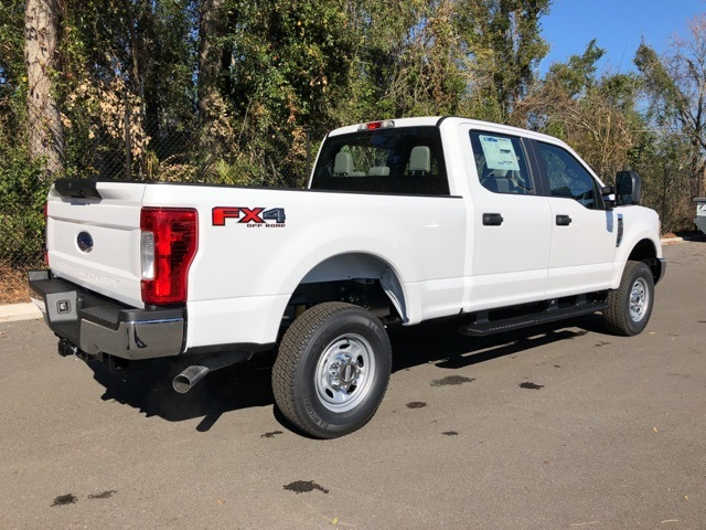 2018 F-250 Crew Cab 4x4, Pickup #JEB34197 - photo 2