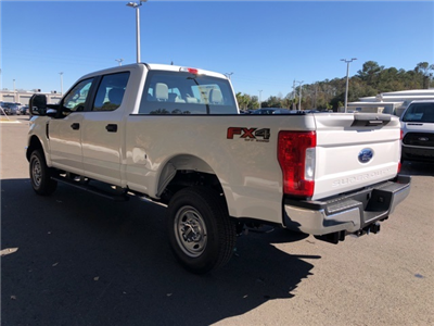 2018 F-250 Crew Cab 4x4, Pickup #JEB34197 - photo 20