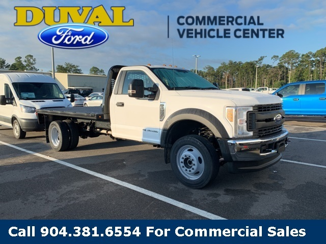 2019 F-550 Regular Cab DRW 4x4, Knapheide PGNB Gooseneck Platform Body #KDA27196 - photo 4