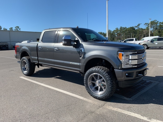 2019 F-250 Crew Cab 4x4, Pickup #KEG33213 - photo 4