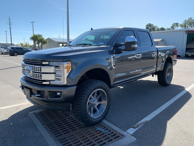2019 F-250 Crew Cab 4x4, Pickup #KEG33213 - photo 6