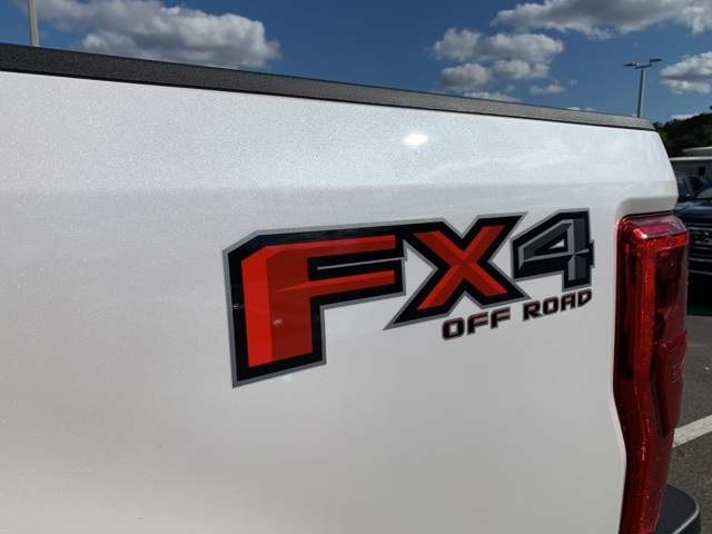 2019 F-250 Crew Cab 4x4, Pickup #KEG83561 - photo 27
