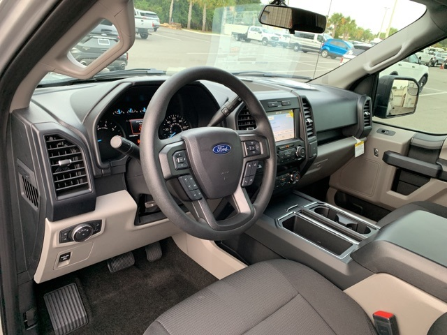 2019 F-150 SuperCrew Cab 4x2, Pickup #KFD41940 - photo 10