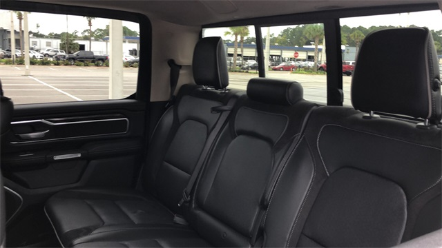 2019 Ram 1500 Crew Cab 4x2, Pickup #KN502906 - photo 26
