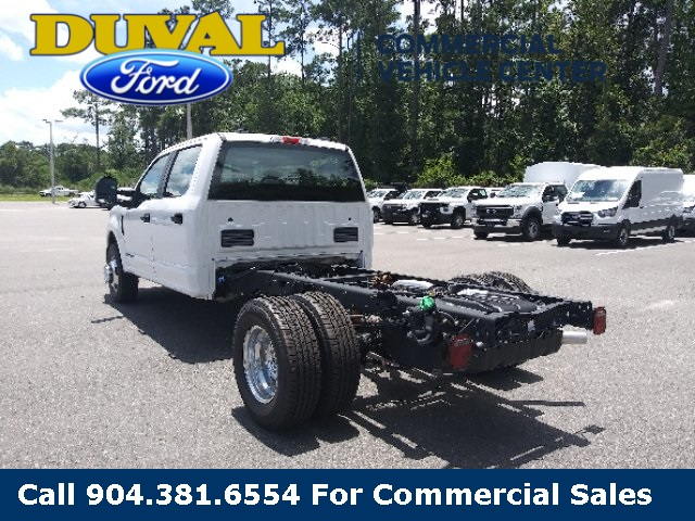 2020 Ford F-350 Crew Cab DRW 4x2, Cab Chassis #LED52639 - photo 6