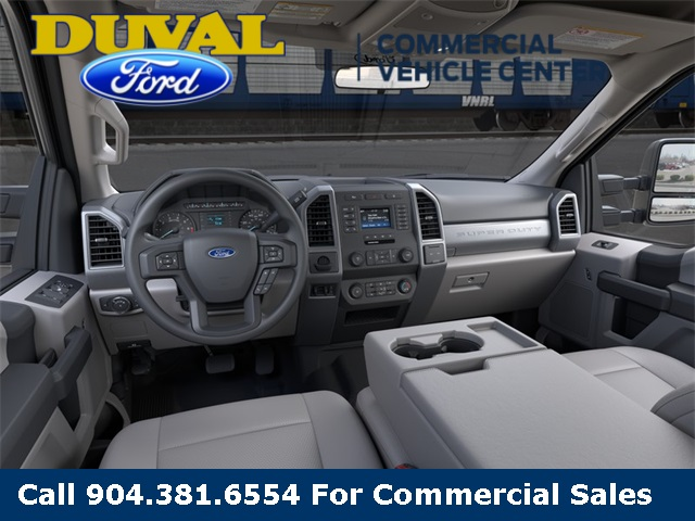 2020 Ford F-250 Crew Cab 4x2, Pickup #LEE96872 - photo 9
