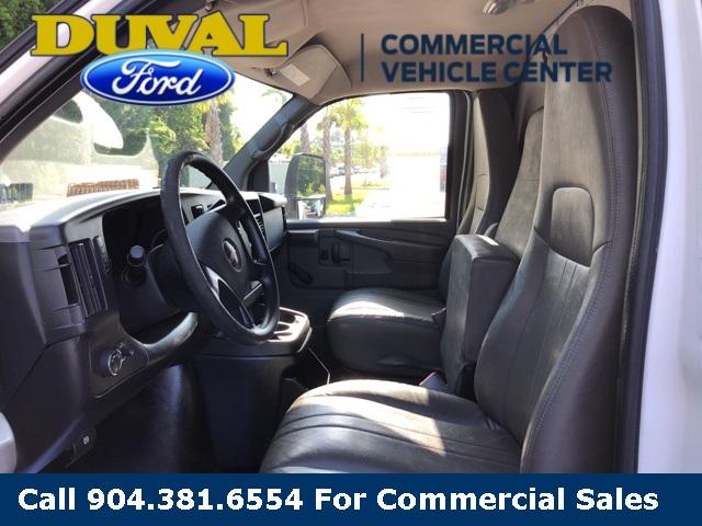 2011 Savana 3500 4x2,  Cutaway Van #PB1903633 - photo 5
