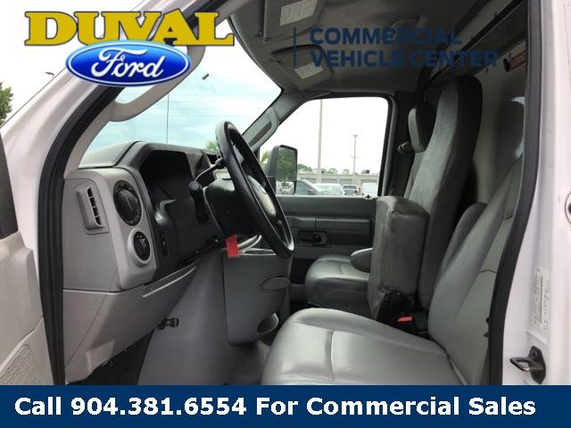 2012 E-350 RWD, Cutaway Van #PCDA71445 - photo 3