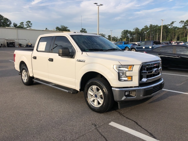 2017 F-150 SuperCrew Cab 4x2,  Pickup #PHFA11613 - photo 4