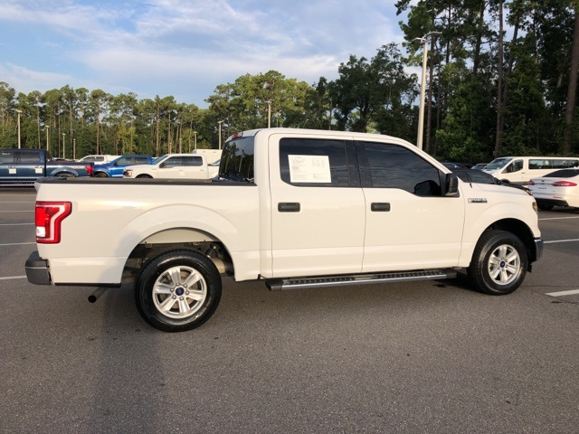 2017 F-150 SuperCrew Cab 4x2,  Pickup #PHFA11613 - photo 28