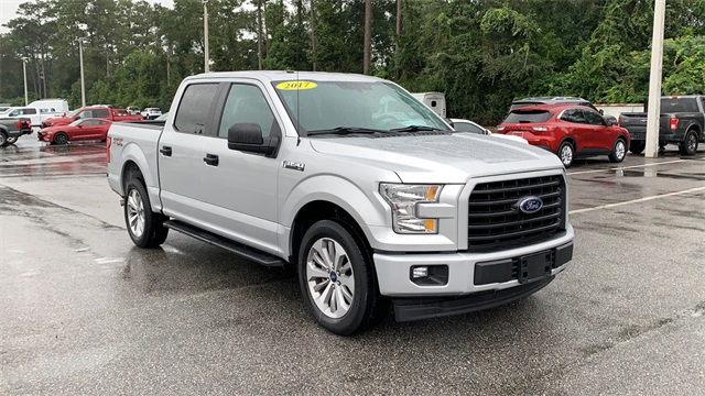 2017 Ford F-150 SuperCrew Cab 4x2, Pickup #PHFB29106 - photo 3