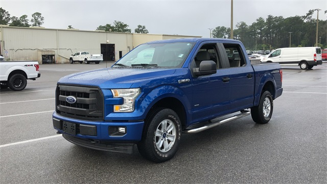 2017 Ford F-150 SuperCrew Cab 4x4, Pickup #PHFC28888 - photo 6