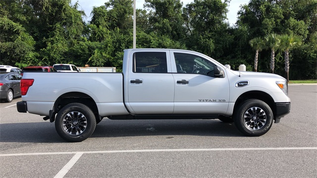 2017 Nissan Titan XD Crew Cab 4x2, Pickup #PHN500484 - photo 29