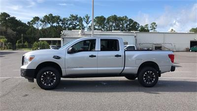 2017 Nissan Titan XD Crew Cab 4x2, Pickup #PHN500484 - photo 7