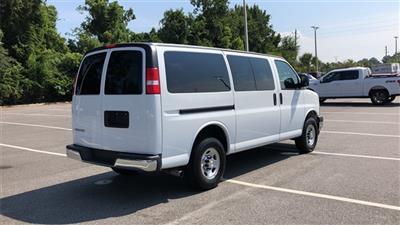 2018 Chevrolet Express 3500 4x2, Passenger Wagon #PJ1201996 - photo 2