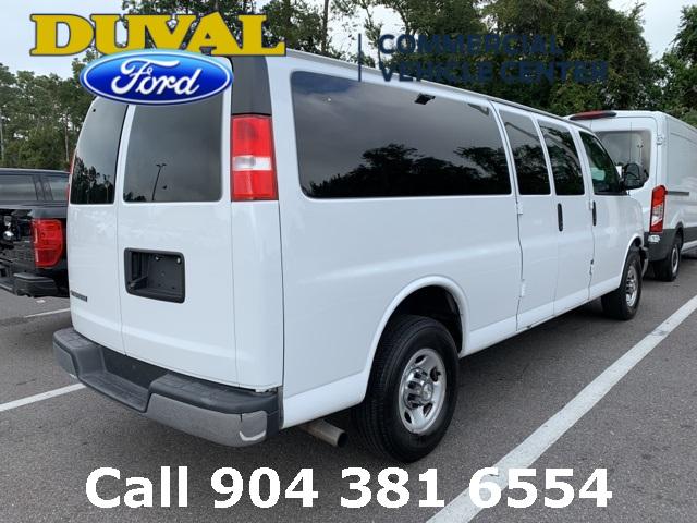 2018 Express 3500 4x2, Passenger Wagon #PJ1323353 - photo 2