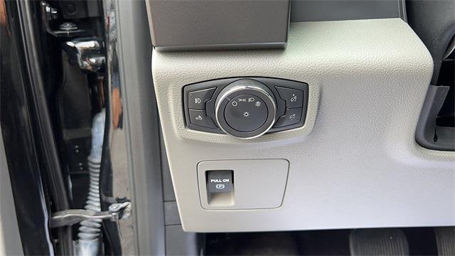 2018 Ford F-150 SuperCrew Cab 4x4, Pickup #PJFD62689 - photo 11