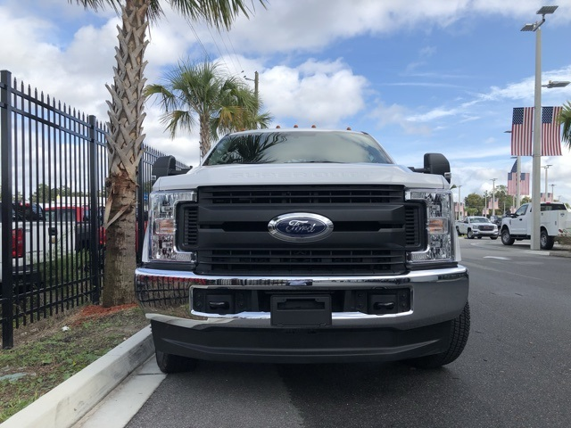 2018 F-350 Super Cab DRW 4x4,  Service Body #STKC95958 - photo 3