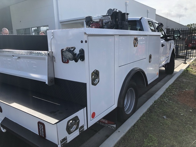 2018 F-350 Super Cab DRW 4x4,  Reading Service Body #STKC95958 - photo 5