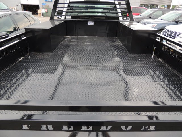 2017 F-450 Regular Cab DRW 4x4, Freedom Contractor Body #HT6711 - photo 7