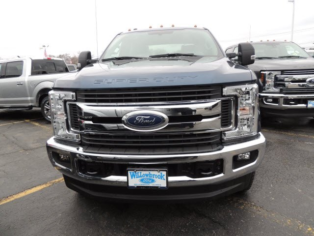 2018 F-250 Crew Cab 4x4, Pickup #IT5570 - photo 2