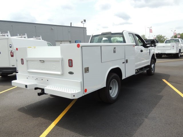2018 F-350 Super Cab DRW 4x4,  Reading Service Body #IT5687 - photo 6