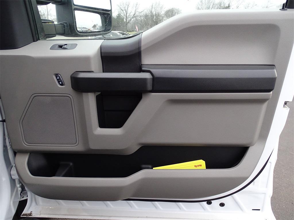 2021 F-600 Regular Cab DRW 4x4,  Cab Chassis #MF03595 - photo 9