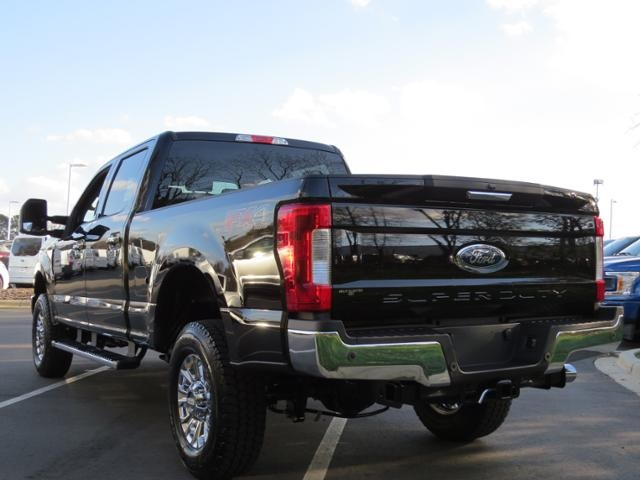 2018 F-250 Crew Cab 4x4,  Pickup #EB62793 - photo 29