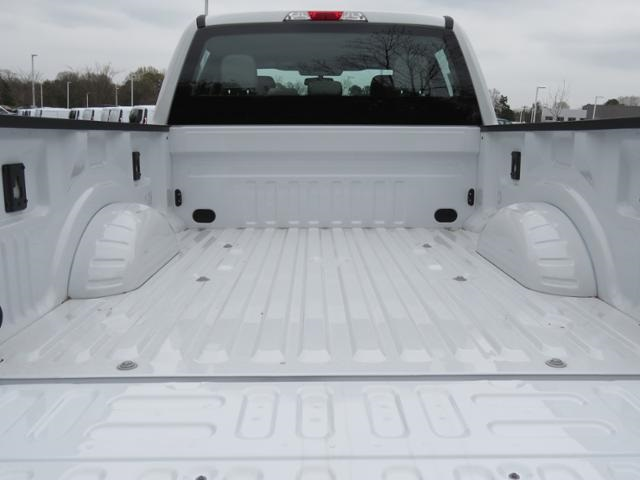 2017 F-250 Crew Cab 4x4, Pickup #EF29643 - photo 25