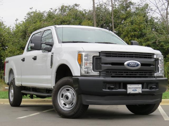 2017 F-250 Crew Cab 4x4, Pickup #EF29643 - photo 3