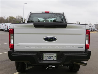 2017 F-250 Crew Cab 4x4, Pickup #EF29643 - photo 26