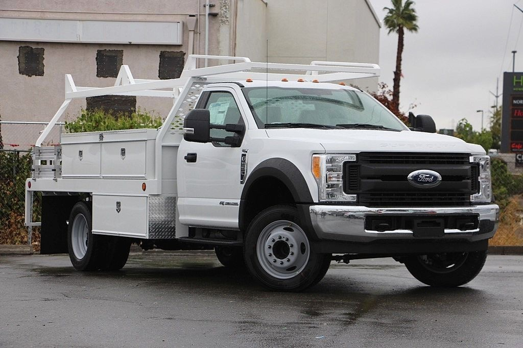 2017 F-550 Regular Cab DRW, Scelzi Contractor Flatbed Contractor Body #3923928 - photo 3