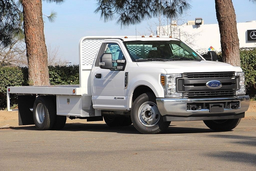 2018 F-350 Regular Cab DRW, Scelzi Platform Body #3932472 - photo 3