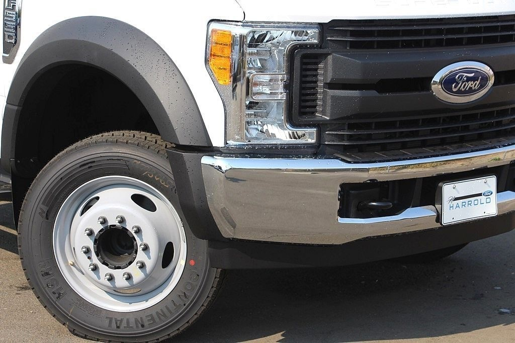 2017 F-550 Regular Cab DRW Cab Chassis #3964817 - photo 5